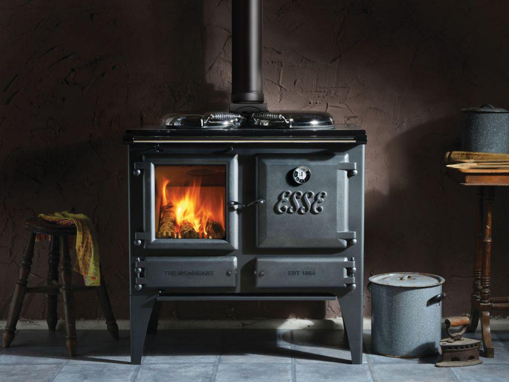 atry home chemin es et po les 06 un po le bois traditionnel pour se chauffer en style vintage. Black Bedroom Furniture Sets. Home Design Ideas