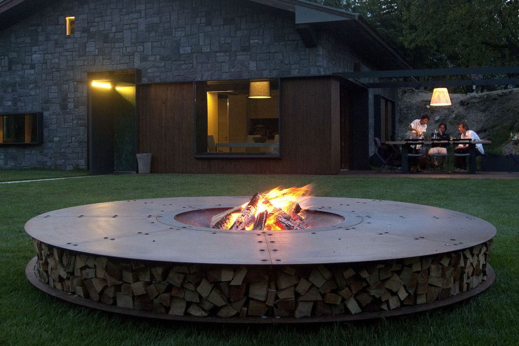 atry home chemin es et po les 06 fire pit et brasero. Black Bedroom Furniture Sets. Home Design Ideas